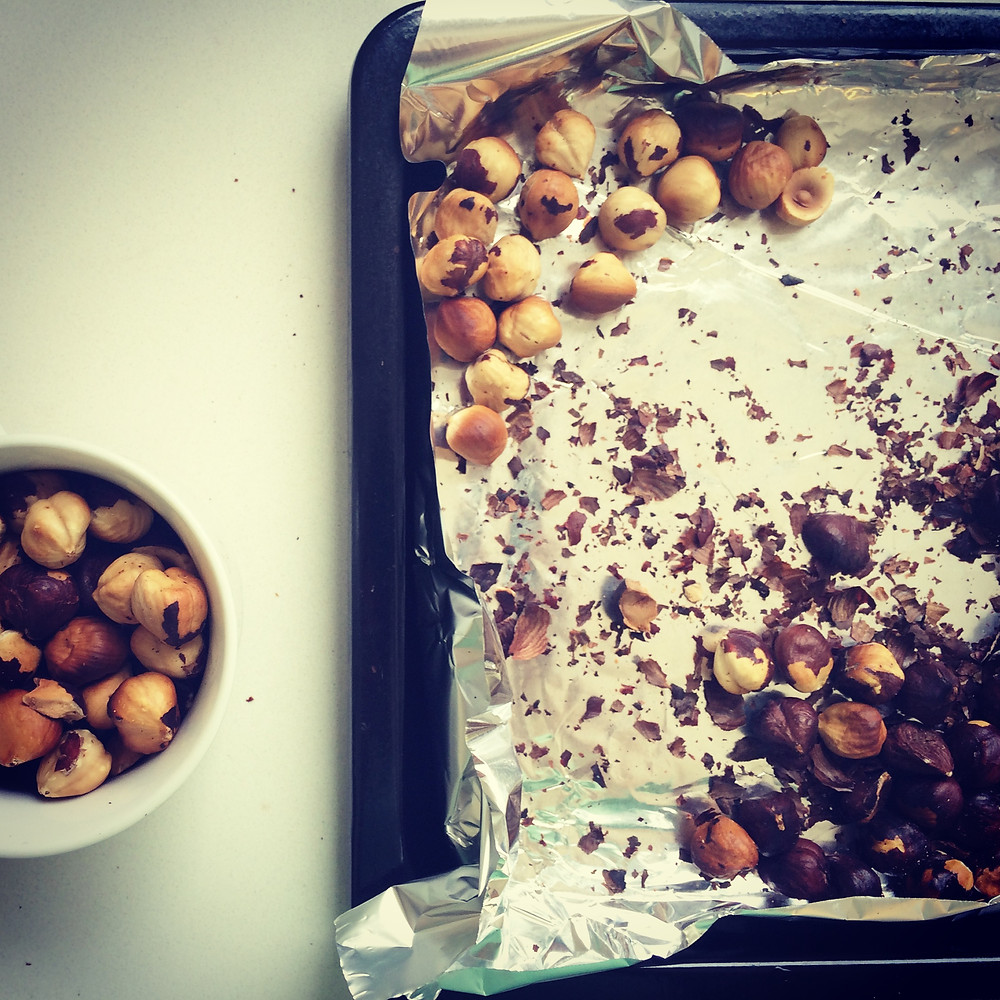 אגוזי לוז.JPG