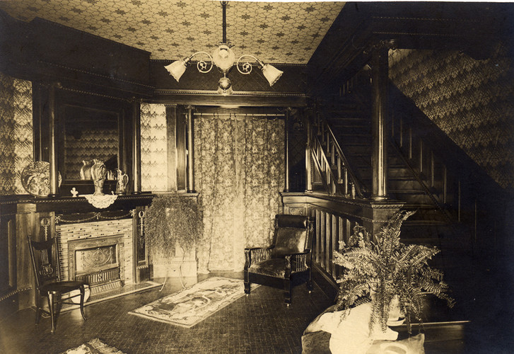 Front Parlor 1898