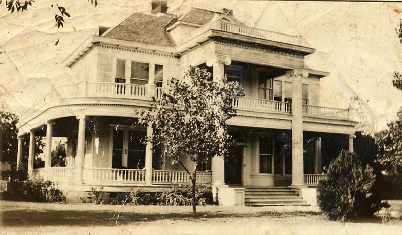 Birdie House 1898