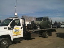Flatbed Antique Car Towing