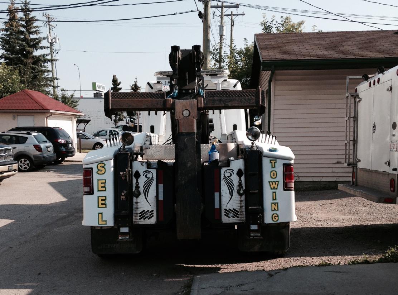 Medium Duty Tow Truck Calgary