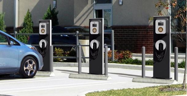 blink-chargingstation_100326294_m.jpg