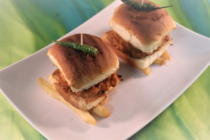 Vada Pav (Bombay Burgers)