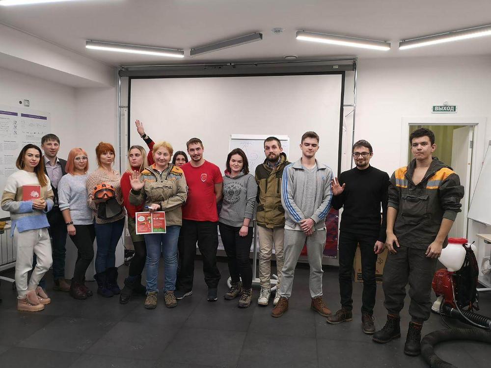 Добровольцы-спасатели Иркутска на  тренинге ДКБ