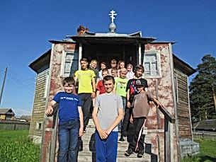 Дети в Смоленской церкви