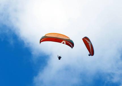 2 pilotes ATG dans le ciel ariégeois
