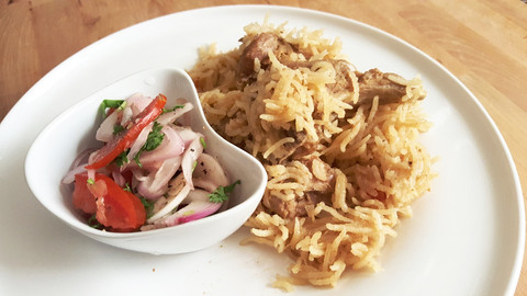 Yakhni Pulao (Meat-flavoured and spiced rice)