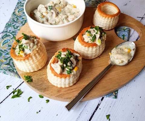 Chicken & Mushroom Cream Vol-au-vents