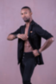 Lolo El Rumbero, professeur de danses latines pour l'association Salsa&Co