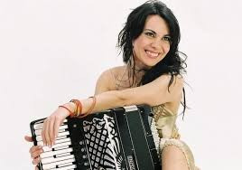 Ζωή Τηγανούρια :θα ήθελα να έχω γνωρίσει και να έχω συνεργαστεί με τον Astor Piazzolla