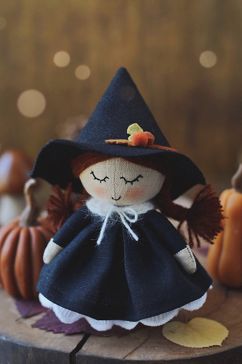 Happylabtoys - Mini Witch Doll With The Black Hat