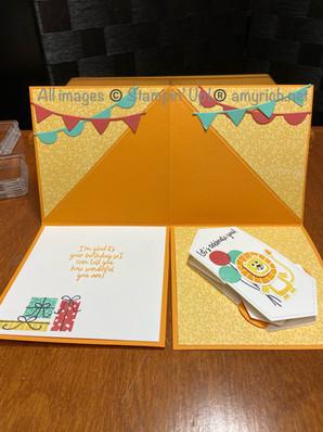 Peek-a-boo tent fold card - open