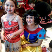 Look at Snow White and Moana together! T