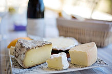 cheese-tray-1433504_1920 (1)PIXABAY.jpg
