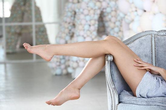 pernas depiladas com luz pulsada - depilação definitiva