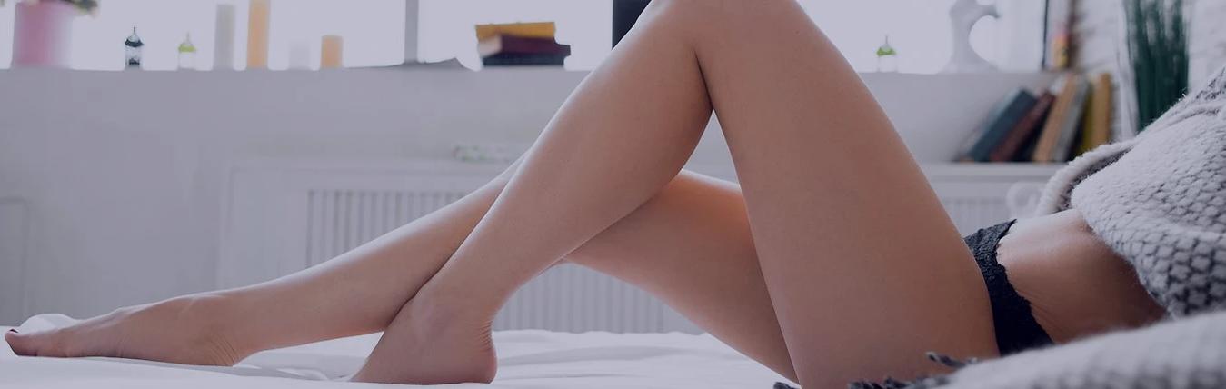 pernas e barriga feminina lisinhas - tratamento estrias