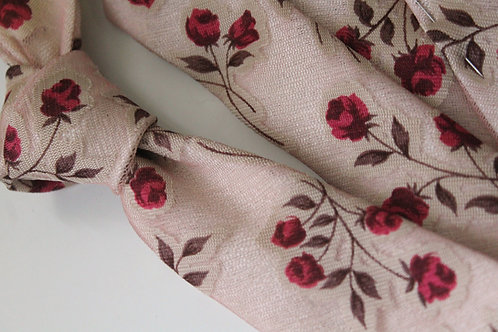 Roses Overlay Lace Necktie
