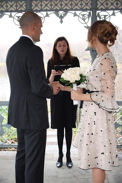 Sposarsi a New York Officiante italiano