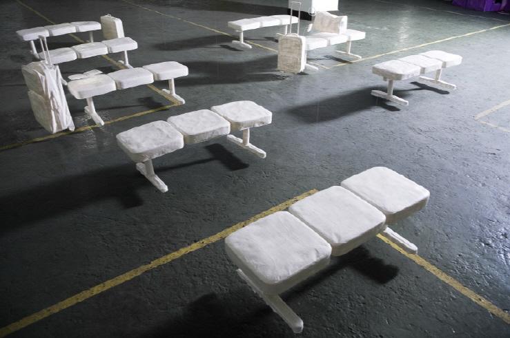 크기변환_어느장소, 가변설치, mixed media, 2008 (4).jpg