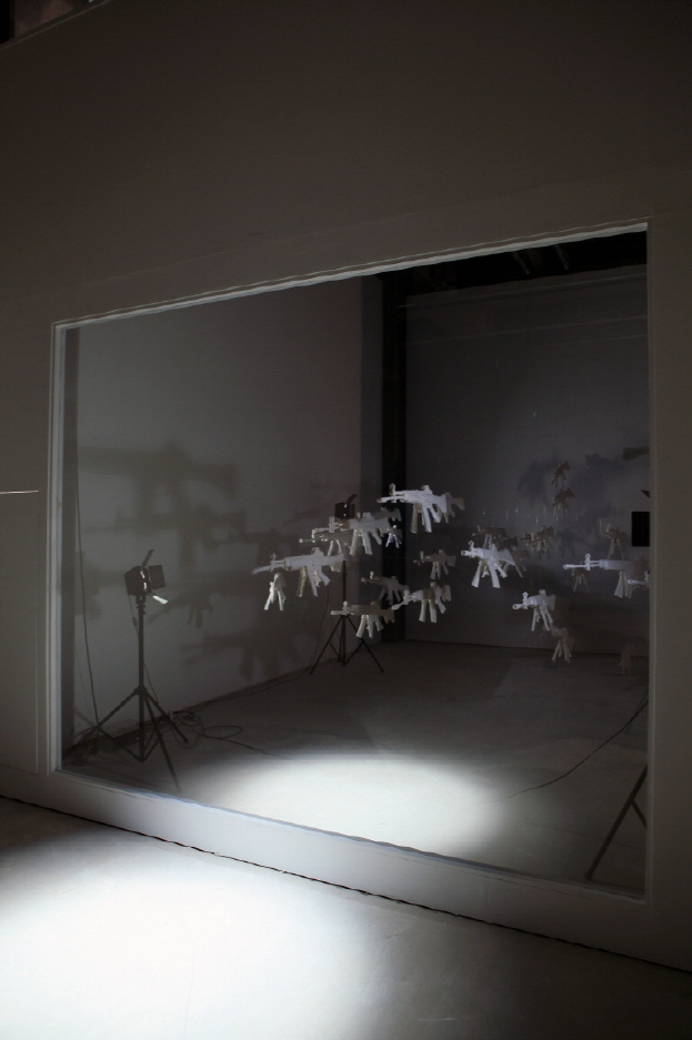 크기변환_Two Positions_korean paper, glue_installation_2012.jpg