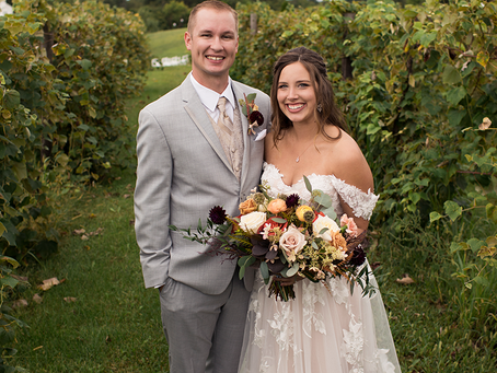 Kelsey + Austin // Parker Run Vineyards Fall Wedding // Jacklyn Byrd Photography