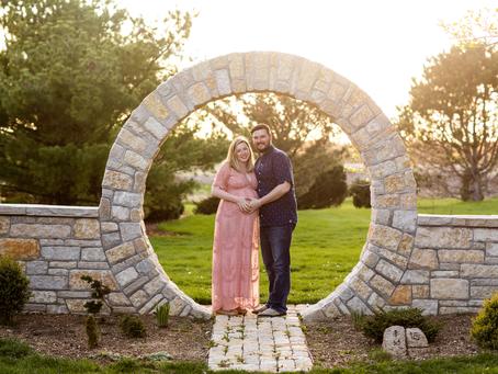Lindsay + Joe Maternity  // Peoria, Illinois // Spring Maternity Photo Session // Jacklyn Byrd