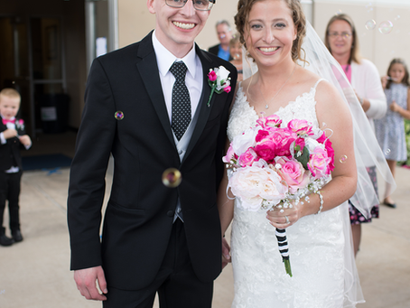 Lindsey + Jacob // Peoria, Illinois Wedding // Jacklyn Byrd Photography