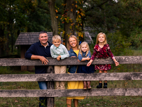"""The """"T"""" Family // Fall 2021 Family Session // Jacklyn Byrd Photography"""