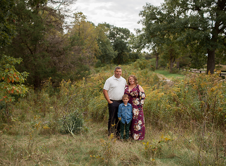 "Family of 3 Fall Session // The ""E"" Family // Jacklyn Byrd Photography"