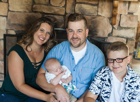 Family of 4 Lifestyle Home Session // East Peoria, Illinois // Jacklyn Byrd Photography