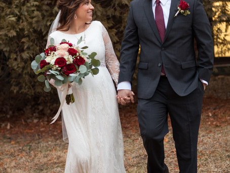 Winter Wedding in Illinois // Sarah + Logan