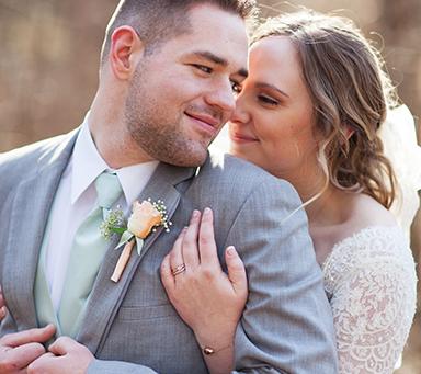 Lincoln, Illinois Wedding // Spring Wedding // Central Illinois Wedding // Mallory + Justus / 4.7.18