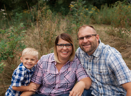 Family of 3 Lifestyle Photo Session // Jacklyn Byrd Photography