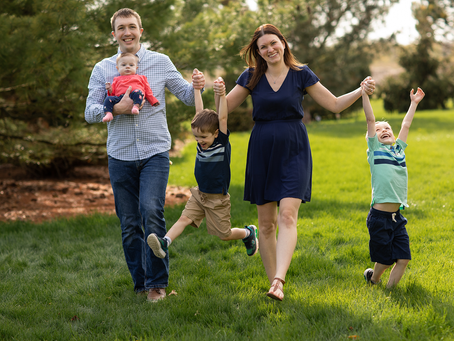 The H Family Photo Session // East Peoria, Illinois // Jacklyn Byrd Photography