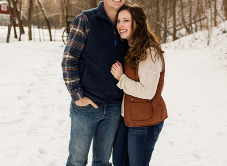 Winter Engagement Session // Peoria, Illinois // Kelsey + Austin // Jacklyn Byrd Photography