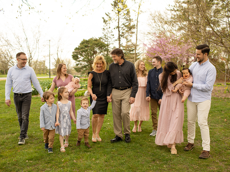 Spring Family Session // Peoria, Illinois // Jacklyn Byrd Photography