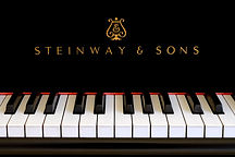 Steinway-Sons-logo-close-up.-Classic-gol