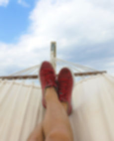 clear-sky-daydreaming-hammock-914929.jpg