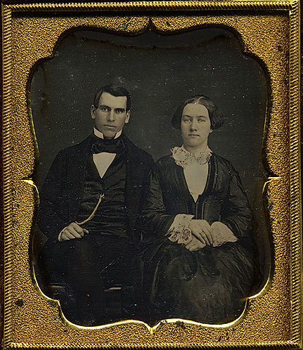 Dag 6th PLATE; HANDSOME COUPLE (she w. ELABORATE SLEEVES) in intact paper case