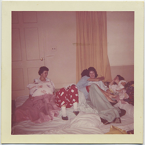 AFFECTIONATE WOMEN GIRLS in PAJAMAS ENJOY RAUCOUS SLUMBER PARTY