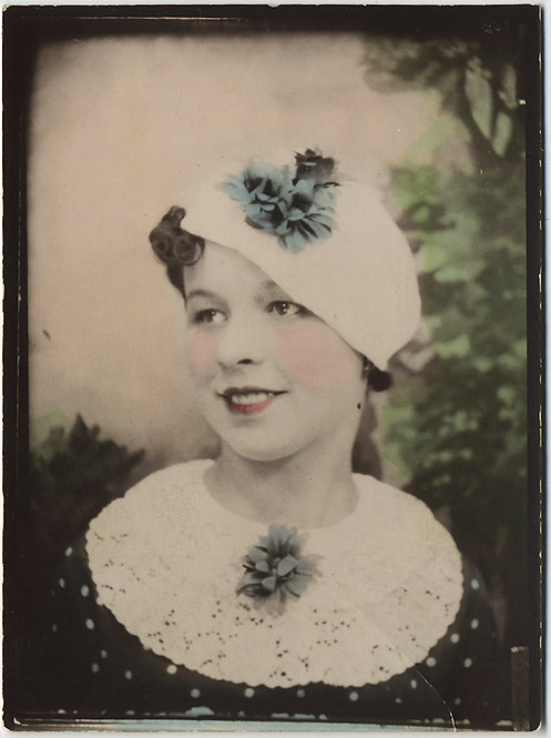 SUPERB DIRECT POSITIVE LARGE Photobooth FINELY HAND TINTED BEAUTIFUL YOUNG WOMAN