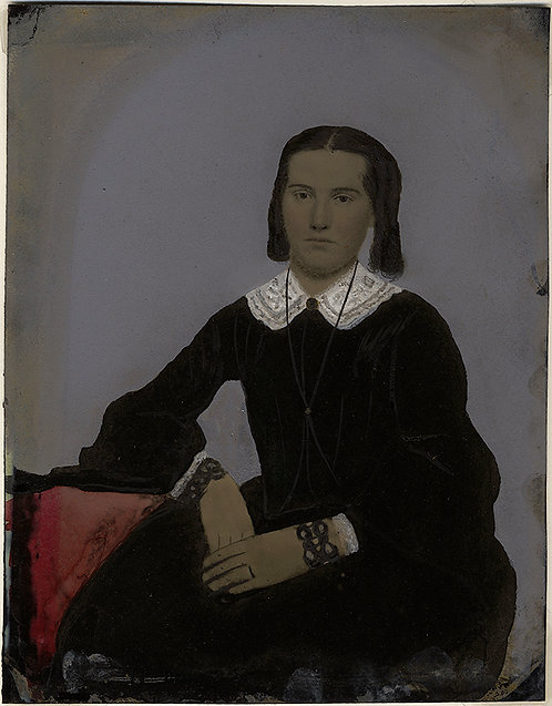 FABULOUS FULL PLATE TINTYPE HAND PAINTED SEATED YOUNG WOMAN BRACELET LACE COLLAR