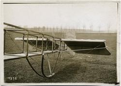 fp1765 (Meurisse_airplane-tail)