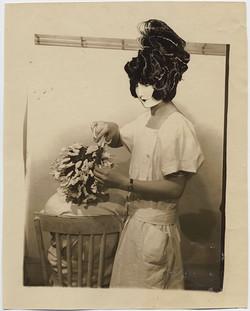 fp3392(Women_Hairdresser_TintedHeadHairJapanese)