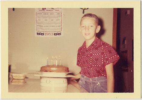 CUTE BIG EARED BOY w BIRTHDAY CAKE & SEATTLE WORLD'S FAIR CLOTH CALENDAR 1963