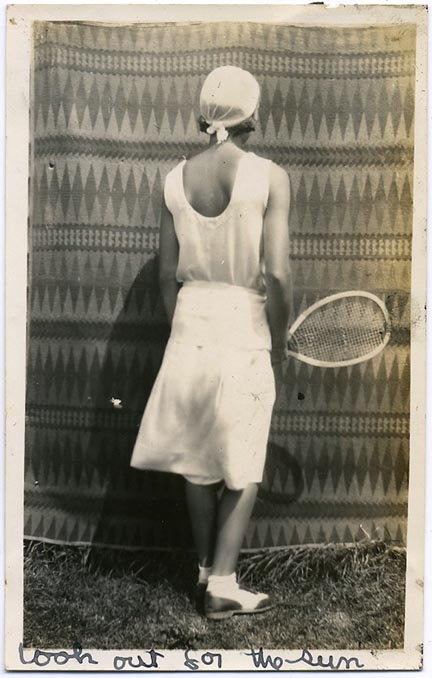 fp1846 (Woman-Tennis-Back)