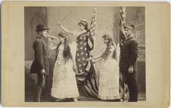 fp5352(GP_AmericanFlag_PatrioticCostume_Soldiers_LadyLiberty)