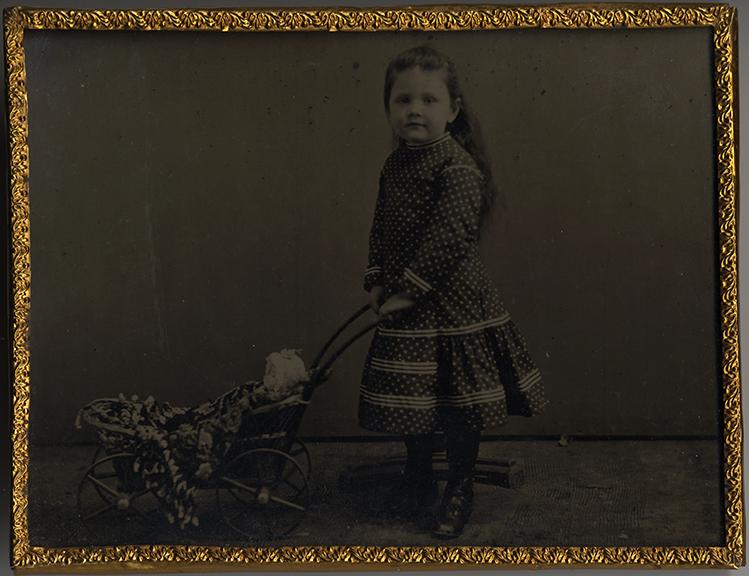 fp2600(TT_Girl_Doll&Stroller_Pins&FabricSquare)