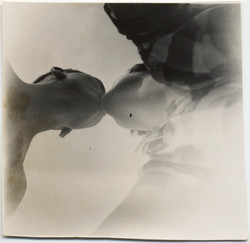 fp7049(Kiss-Below)