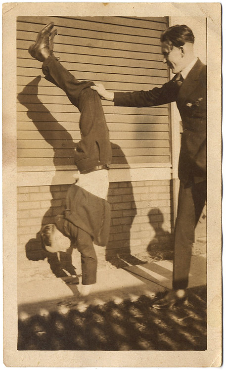 SUPERB MAN SUPPORTS BOY FRIEND DOING HANDSTAND w  AWESOME SHADOWS